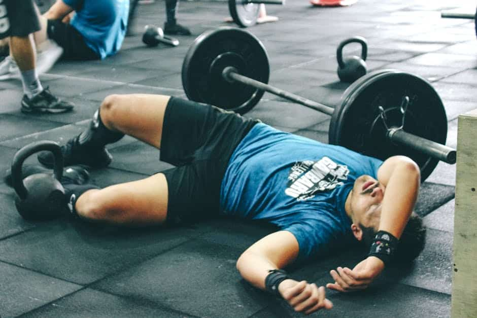 squats-and-deadlifts-simultaneously